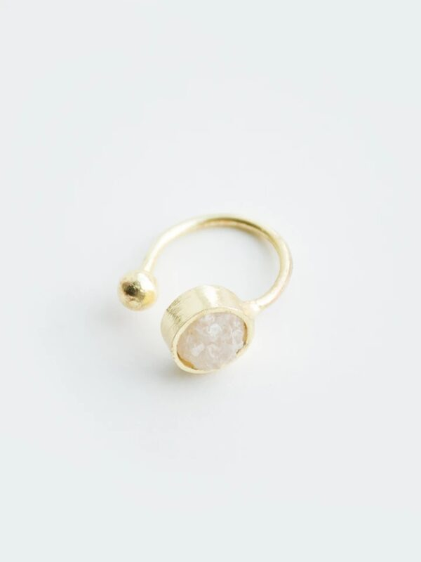 The Druzy Stone Ring is perfect for whatever style you're wearing.