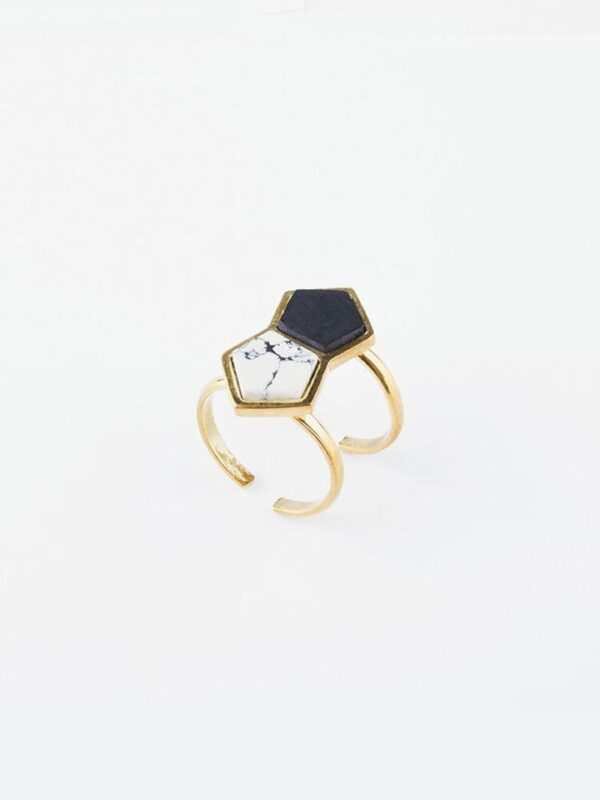 Ethically-made and perfectly balanced Geometric Love Ring made of resin and brass.